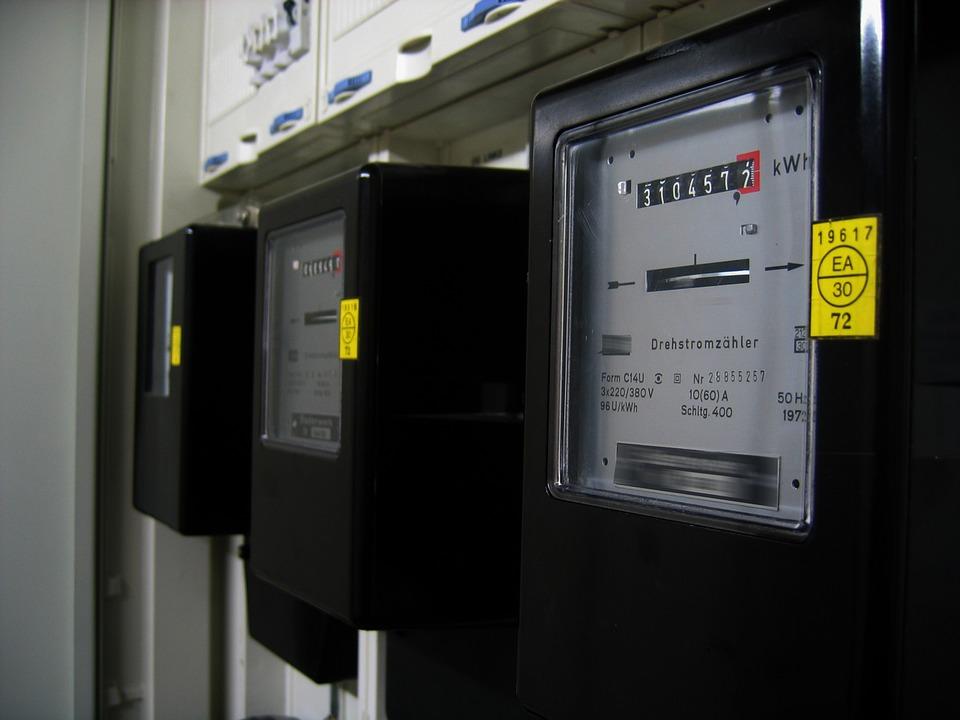 A légkondicionálók valóban energiaigényes készülékek, ám a tényleges áramfelhasználásuk több tényezőtől is függ.